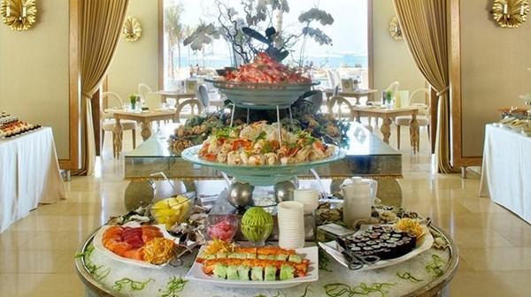 Những bữa sáng khách sạn tuyệt nhất thế giới