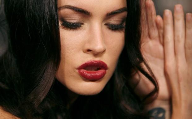 đôi môi đẹp nhất thế giới ...