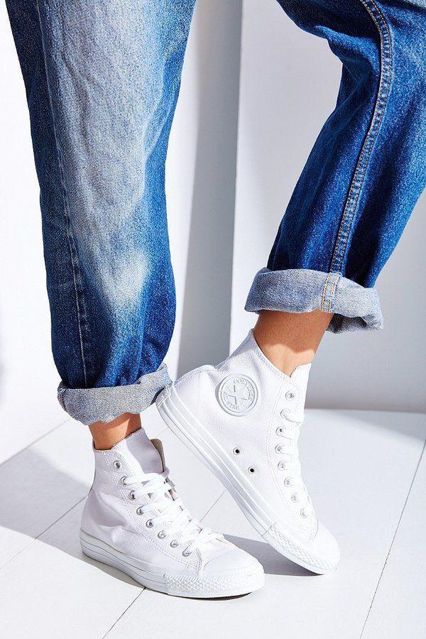sneaker cao cổ