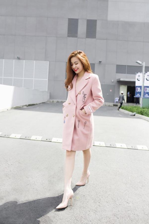 Áo khoác của Sao Việt