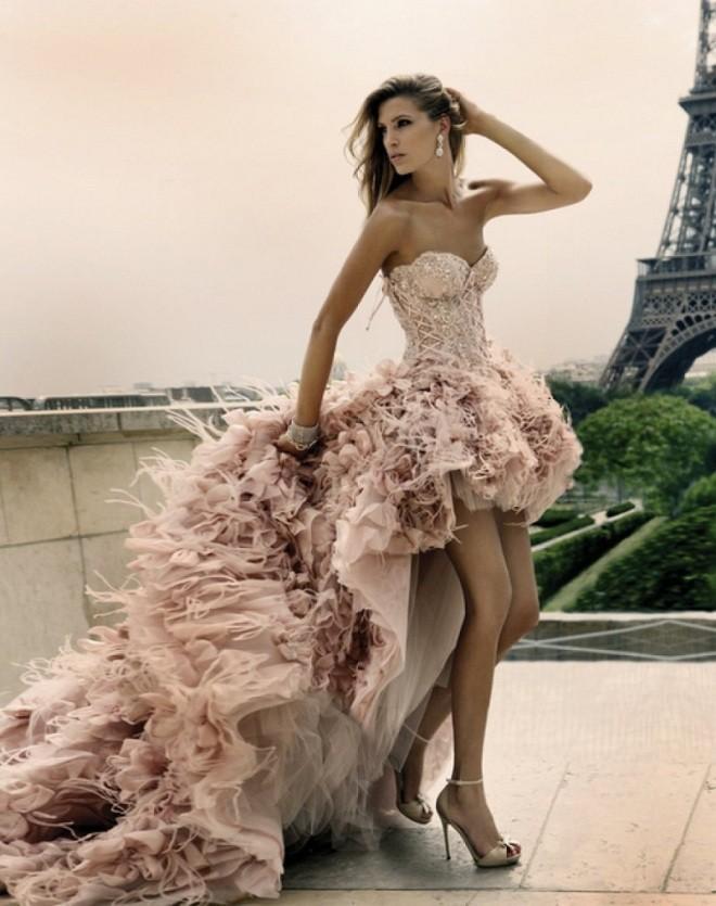 Những kiểu váy cưới ngắn đẹp cho cô dâu