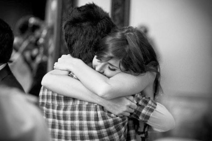 6 lý do nên yêu người đàn ông luôn chờ đợi bạn