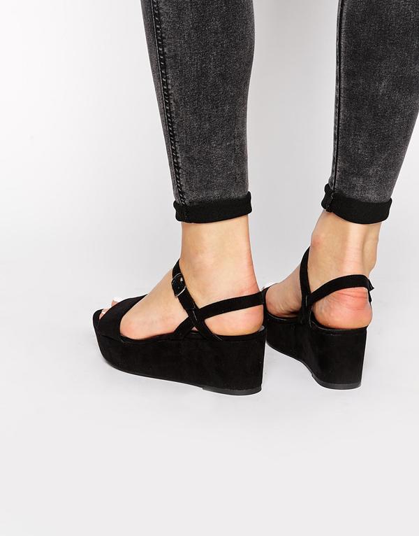 6 lưu ý giúp chọn sandals hè phù hợp với