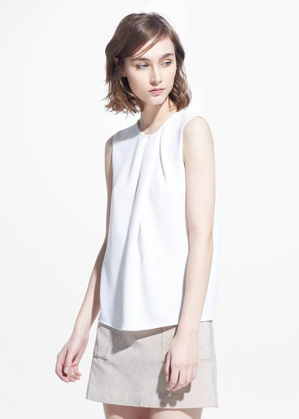 6 kiểu trang phục nên & không nên mặc đi làm mùa hè