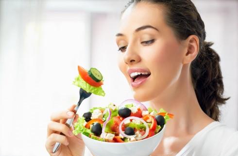 329c8c74d06c72236f3c30464083ff729bebd4c4 Làm cách nào để có thể giảm cân vẫn đảm bảo sức khỏe