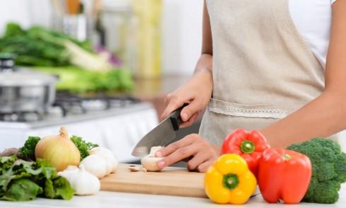 c0dded69648ebea42fc920f91c729b1492870b41 Làm cách nào để có thể giảm cân vẫn đảm bảo sức khỏe