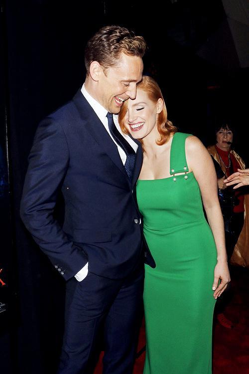 Đọc để hiểu vì sao Tom Hiddleston xứng đáng là bạn trai mới của Taylor Swift! - Ảnh 7.