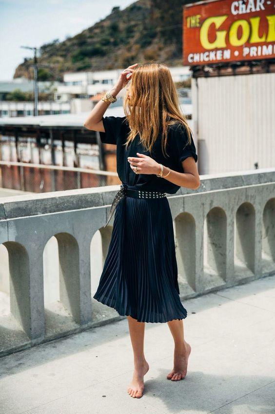 4 cách kết hợp trang phục hay ho mà vẫn kín đáo dành cho các nàng công sở