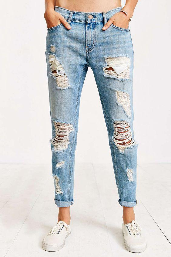 5 bước đơn giản để phá cách chiếc quần jean của bạn thành quần rách cá tính