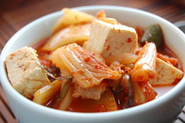 Công thức súp kimchi cay nồng đã ăn là mê 8