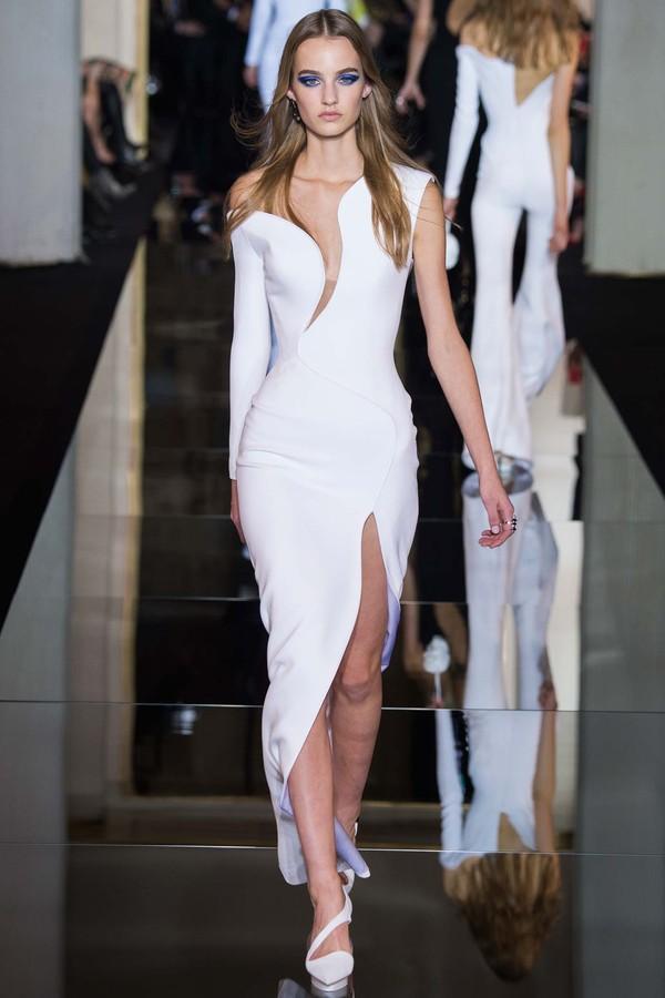 Những gợi ý váy cưới tuyệt đẹp từ BST Haute Couture 2015 16