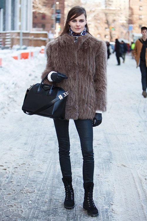 Rét mướt, ngắm áo lông ấm xịn mà