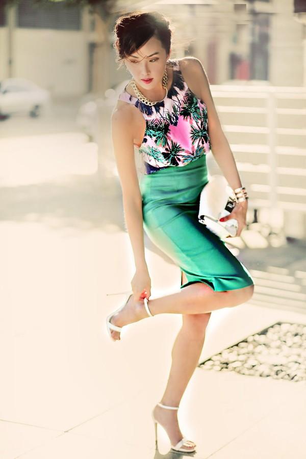 Váy bút chì PVC - Xu hướng