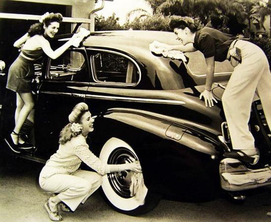 Lật lại cơn sốt thời trang thế chiến 2