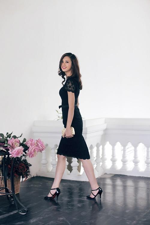 Chọn váy đầm nổi bật tại tiệc cưới mùa Thu - 12