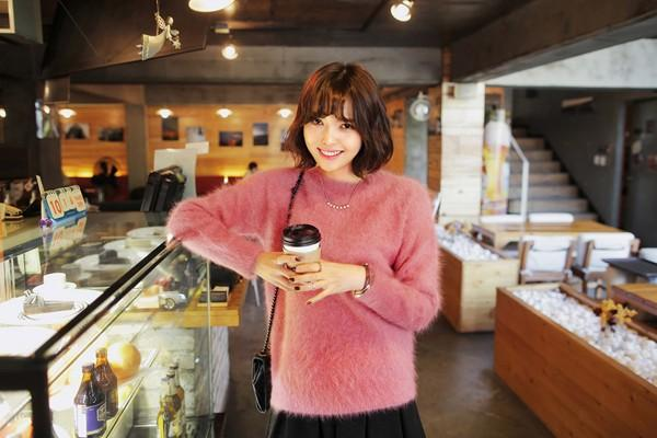 Tư vấn cách chọn và mặc áo len thật chuẩn cho nàng siêu gầy 6