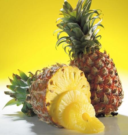 Trị mụn an toàn bằng trái cây