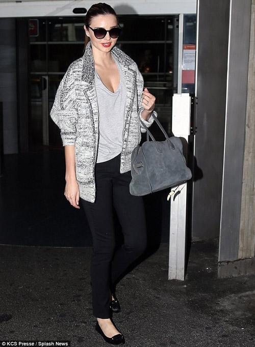 Những bộ cánh đẹp mắt ngày đầu thu của Miranda Kerr