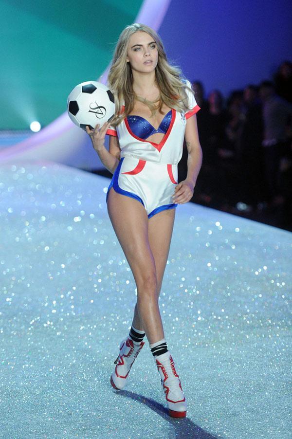 Đã mắt ngắm dàn 'thiên thần' Victoria's Secret