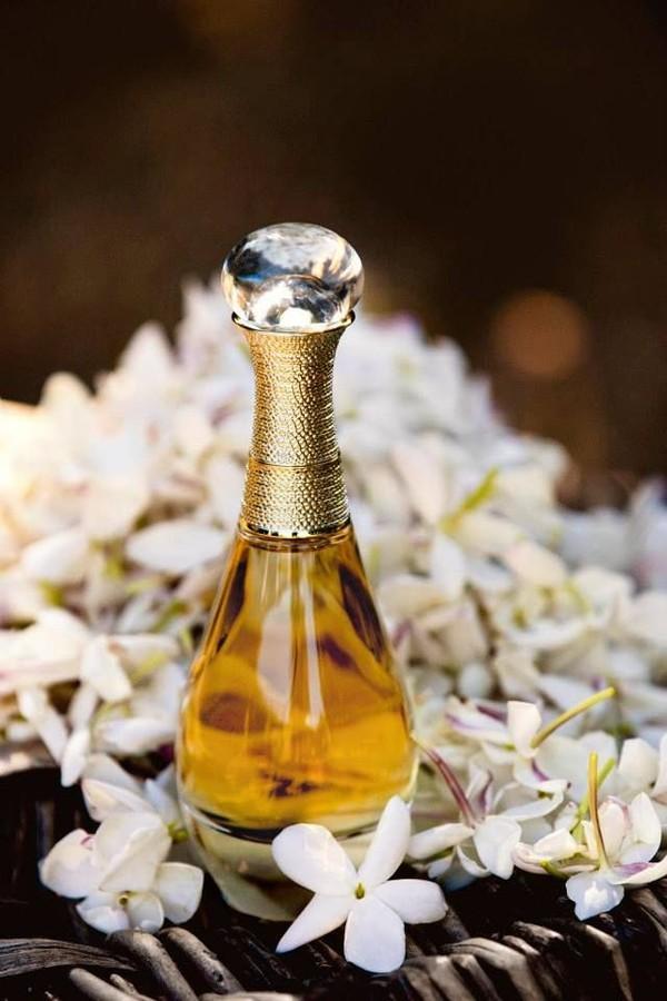 7 lưu ý khi xịt nước hoa để toả hương lâu nhất