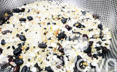 Nhật ký Hana: Nước vo gạo mịn da