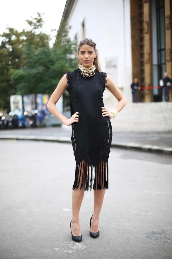 7 cách đơn giản khiến chiếc váy đen thêm bắt mắt 14