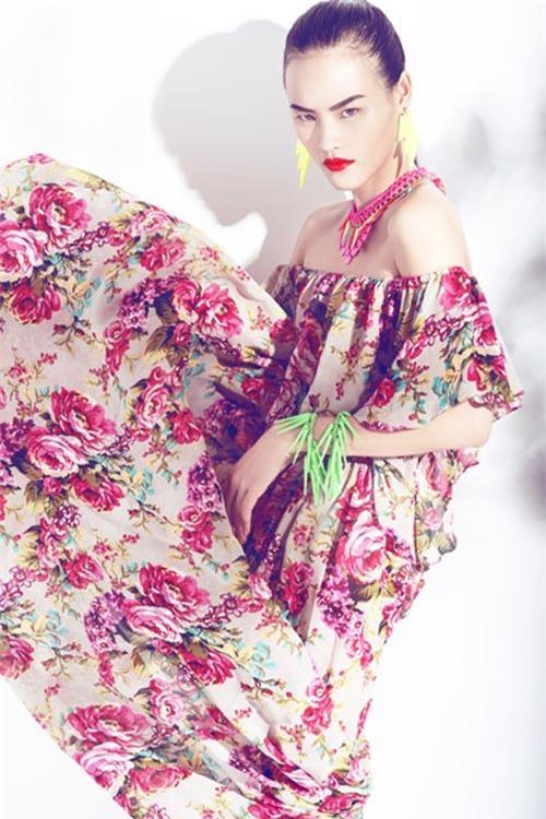 Những mốt váy hoa 'xiêu lòng' người đẹp - 16