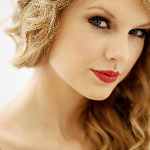 Trang điểm hút hồn như Taylor Swift