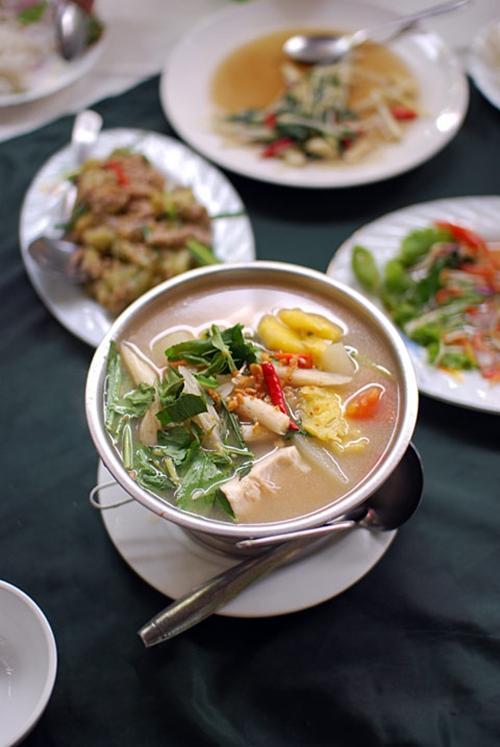 Canh chua 3 miền và tâm hồn bình dị của ẩm thực Việt Nam 1