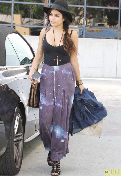 BST váy màu mè của nàng hippy Vanessa - 18