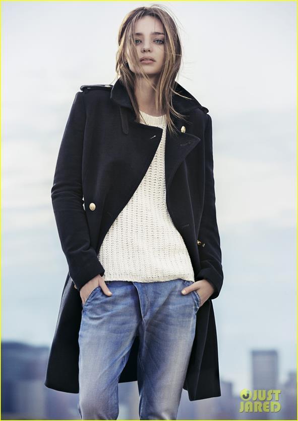 Miranda Kerr khác lạ và quyến rũ