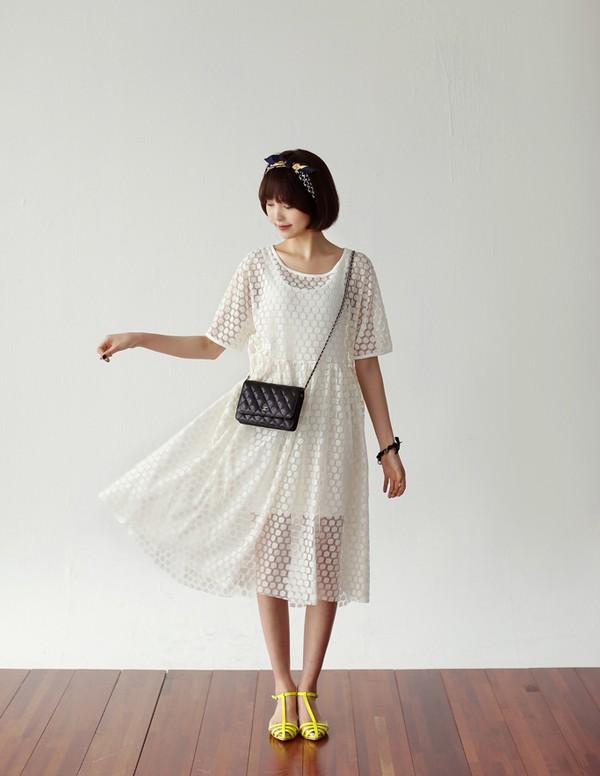 Tips mặc váy ngày nắng nóng cho những cô nàng... chân cong 5