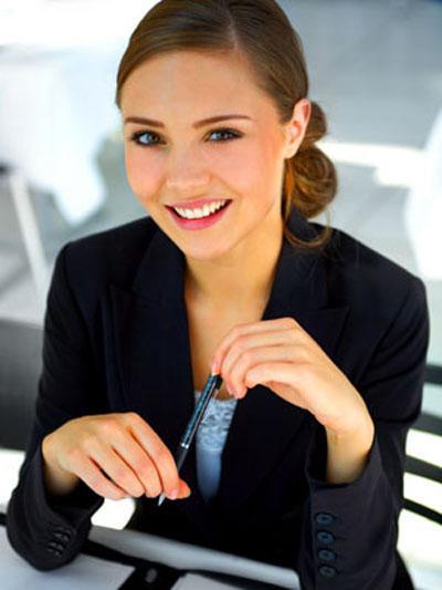 """7 bí quyết trang điểm giúp bạn """"ăn điểm"""" trong buổi phỏng vấn"""