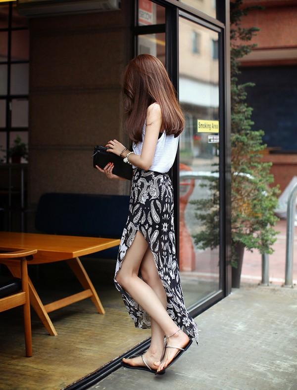 Tips mặc váy ngày nắng nóng cho những cô nàng... chân cong 14