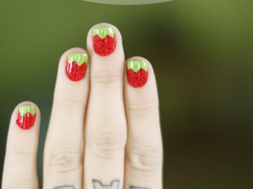 Những mẫu nail đẹp cho hè 2013