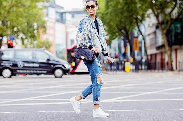 Sneaker trắng - đôi giày bạn phải có mùa đông này 15