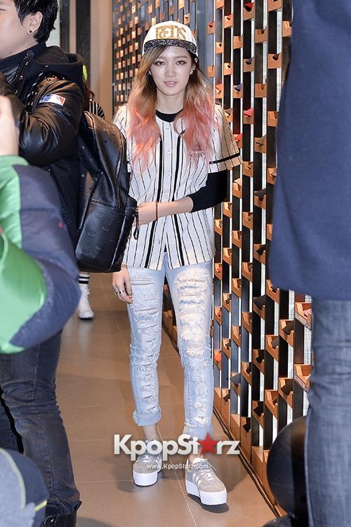 3 mẫu giày đẹp được sao Hàn ưa thích xuân 2014