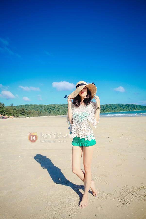 Biển xanh cát trắng & những bộ bikini đẹp lung linh 13