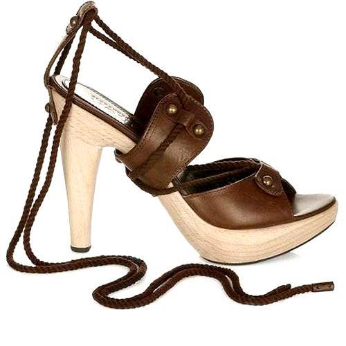 Sandal cho mùa đi biển - 7
