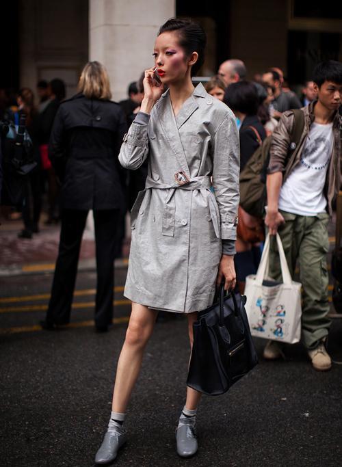 Streetstyle khó chê của siêu mẫu châu Á đẹp dịu hiền