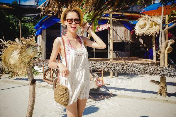 Biển xanh cát trắng & những bộ bikini đẹp lung linh 10