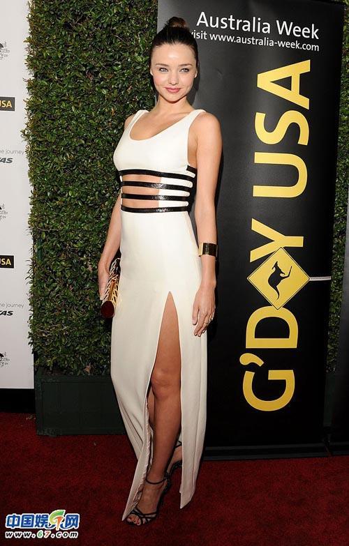 Thiên thần Miranda Kerr khoe thể hình hoàn hảo