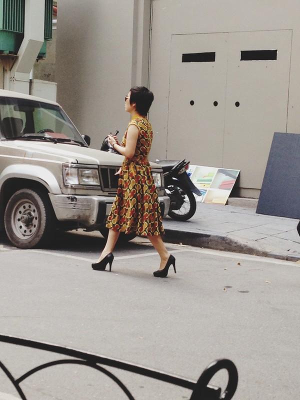 Ngắm street style ngày cuối thu của phái đẹp Hà Nội 16