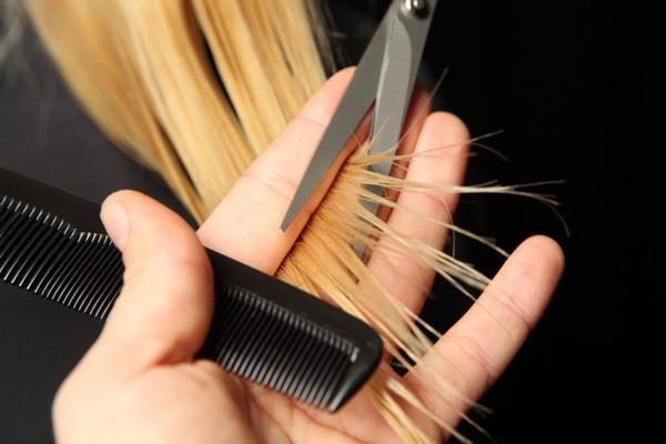 Mẹo chăm sóc tóc dầu trở nên bồng bềnh và khô ráo