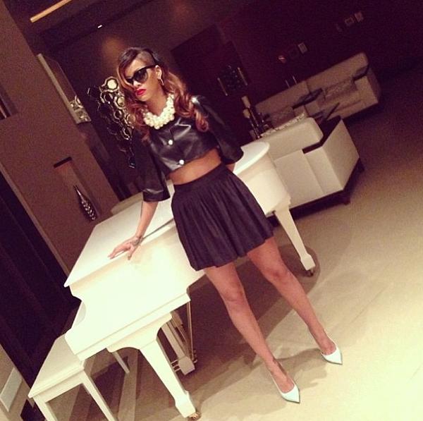 NTK gốc Việt Nini Nguyen - từ lao công trở thành stylist riêng của Rihanna 13