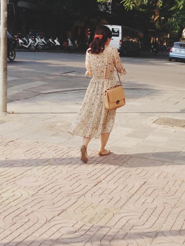 Ngắm street style ngày cuối thu của phái đẹp Hà Nội 15