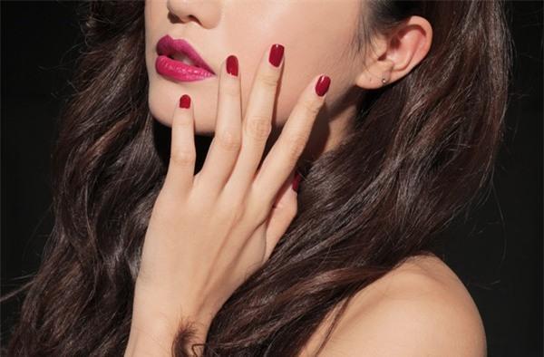 nail màu đỏ, nail đỏ
