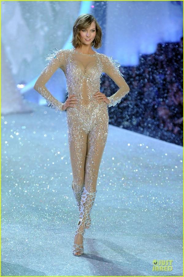 Những hình ảnh nóng bỏng nhất của Victoria's Secret 2013 13