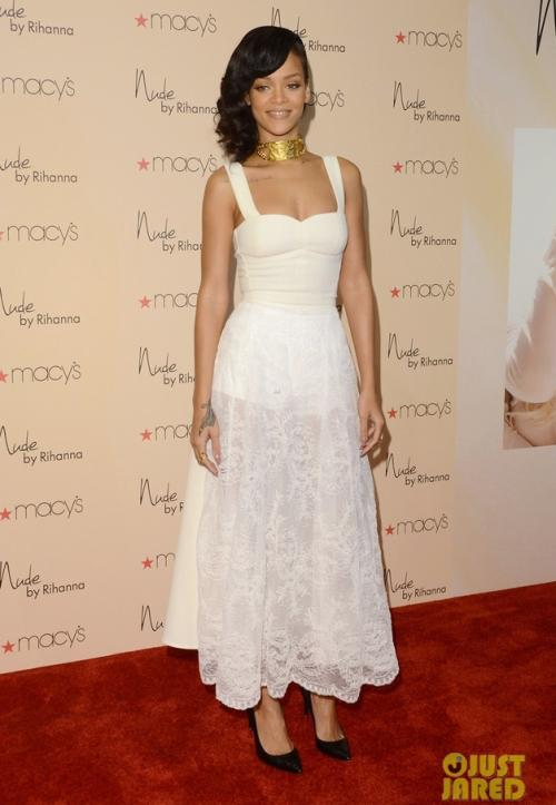 Phỏng vấn độc quyền với stylist, đồng thời là người bạn thân thiết của Rihanna