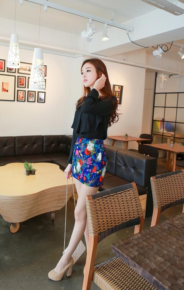 Mix áo sơ mi với chân váy xinh thật là xinh